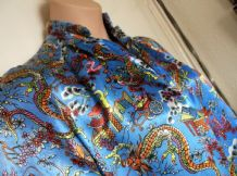 VINTAGE CHINESE HEAVY SATIN DRESSING GOWN DRAGONS + LINED SLEEVES ELECTRIC BLUE